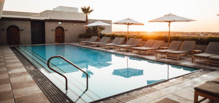 Best Outdoor Swimming Pool Furniture