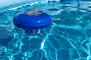 Inline vs Floater Chlorinator